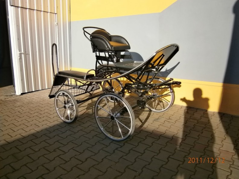 HNAC  Hanna Single Cob Three Phase Marathon Carriage 13.2-14.3hh. From £3296