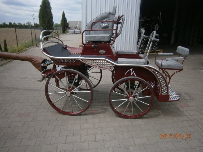 RHINO PAIR/FOUR IN HAND THREE PHASE Professional COMPETITION CARRIAGE  15.2-18.3hh. From £6234