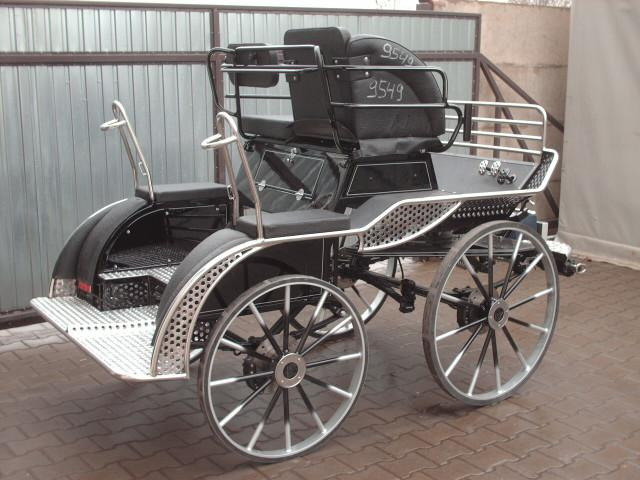 BG350   Badger PAIRS NATIONAL 3 PHASE COMPETITION CARRIAGE. 15 to 17hh. From £4626